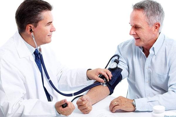 Người già thường bị bệnh huyết áp cao