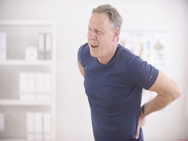 Người bị thoái hóa cột sống nên ăn uống và vận động thế nào?