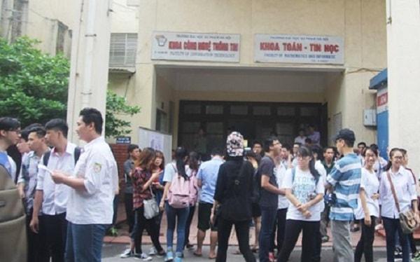 Sinh viên đại học Sư phạm Hà Nội