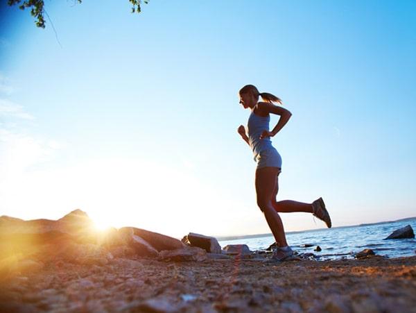 Người bị huyết áp thấp nên thường xuyên vận động, tập thể dục