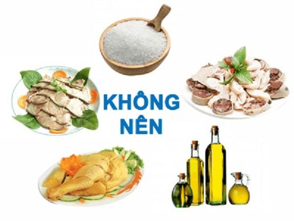 Một số loại thực phẩm người tụt huyết áp nên tránh sử dụng