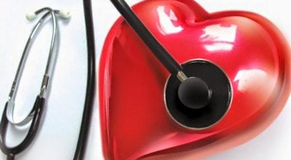 Triệu chứng thường gặp và cách phòng tránh bệnh tim mạch ở người già