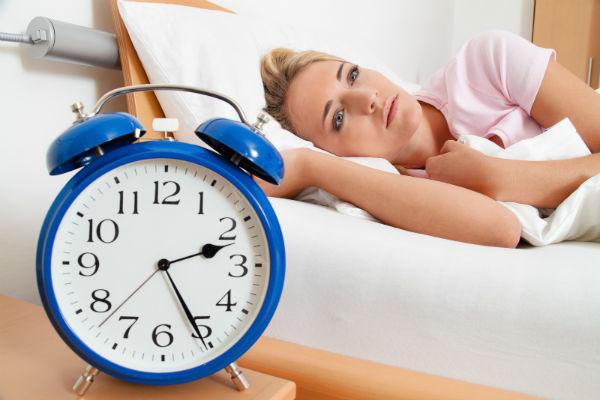 Dấu hiệu cảnh báo bạn đã mắc chứng ngủ không kiểm soát 2