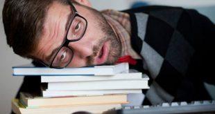Dấu hiệu cảnh báo bạn đã mắc chứng ngủ không kiểm soát