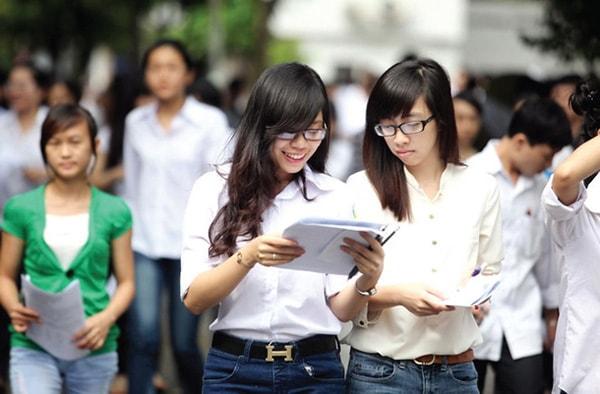 Các em nên lựa chọn những ngôi trường có thế mạnh về đào tạo ngành học mình đã xác định trước