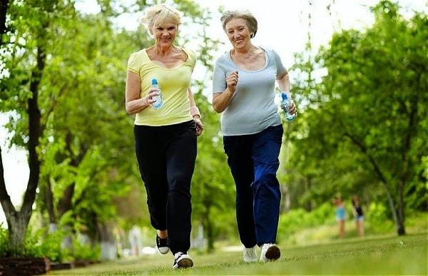 Tập thể dục giúp ngăn chặn các cơn đau khớp