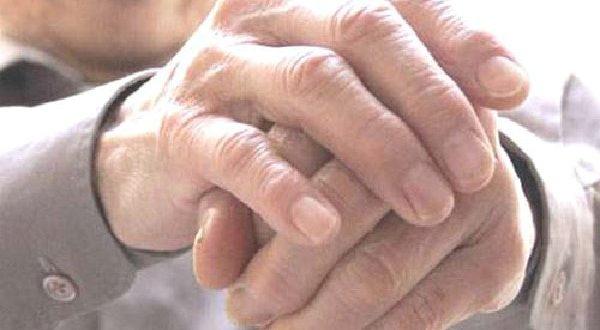 Tổng hợp kinh nghiệm điều trị bệnh Gout ở người cao tuổi