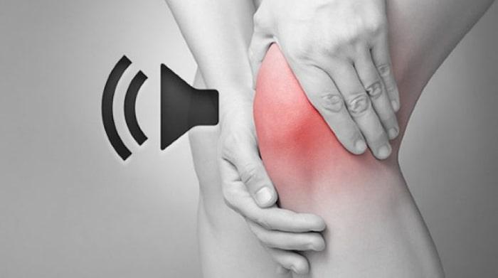 Khớp phát ra tiếng khi vận động là biểu hiện của bệnh viêm xương khớp
