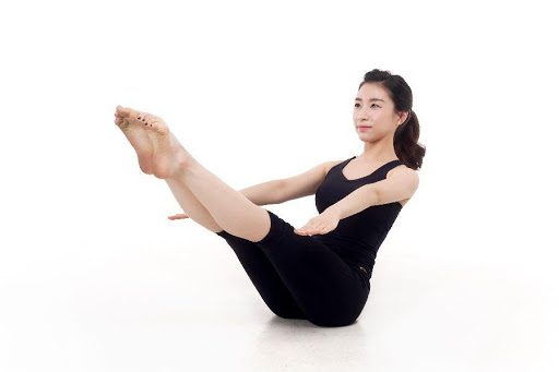 Tập luyện yoga, thể thao sau khi sinh
