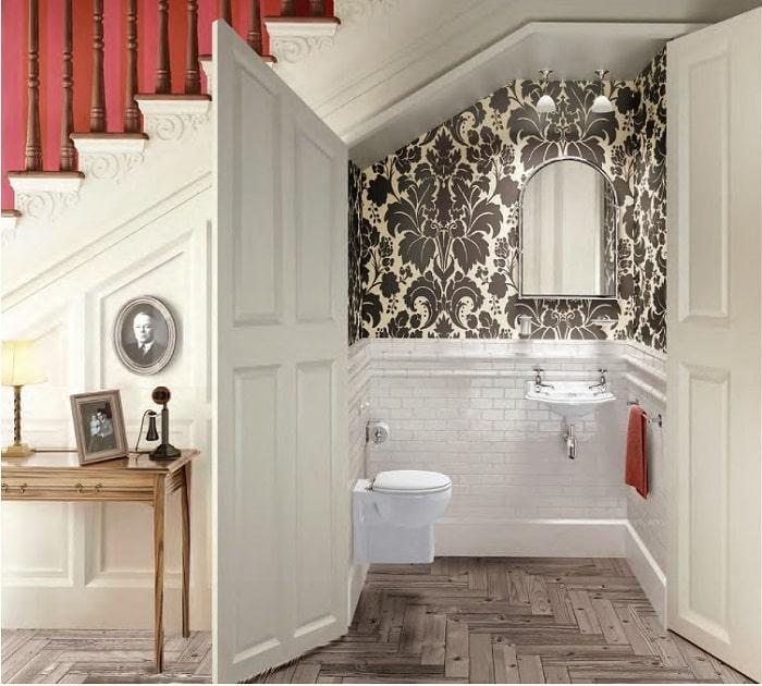 Thiết kế nhà vệ sinh ở gầm cầu thang