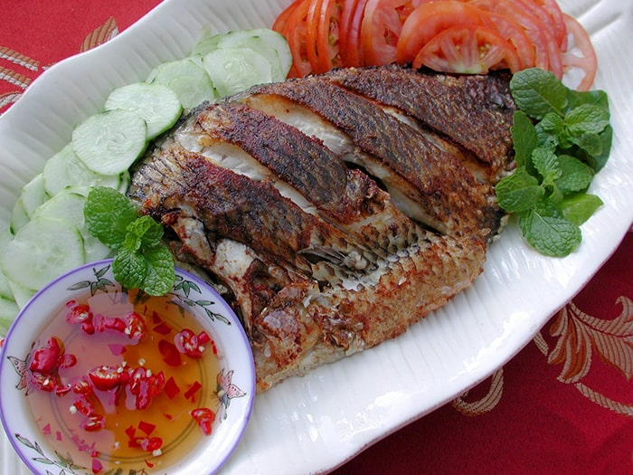 Cá rô phi chiên giòn đưa cơm, ngon miệng