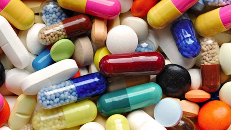 Lạm dụng kháng sinh cũng là nguyên nhân gây viêm đại tràng