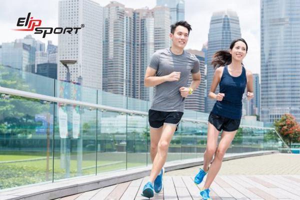 Luyện tập thể thao giúp tăng cường sức khỏe và giảm thiếu ngủ hiệu quả