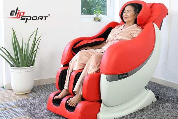 Sử dụng ghế massage giải pháp hữu hiệu cho người thiếu ngủ đau đầu